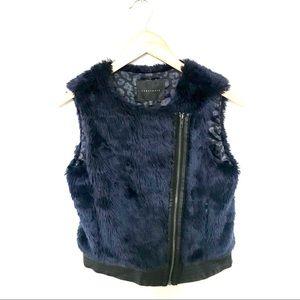 Sanctuary Blue Faux Fur Cropped Vest